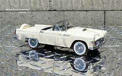 1956 Ford Thunderbird Roadster (JCarnutz) Tags: 124scale diecast danburymint 1956 ford thunderbird