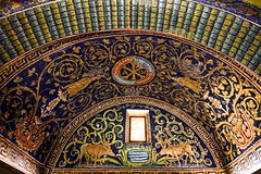 Mausoleum of Galla Placidia  DSC01322 (Chris Belsten) Tags: byzantine oratory iconography mausoleum westernromanempire earlychristianart byzantineart ravenna worldheritage romanempire mosaic thehistoryofchristianity gallaplacidia mosaics unesco church