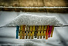 Vita Segreta delle Mollette (U i s g e) Tags: neve rope hanging closeup winter string woodmaterial nopeople outdoors equipment wool clothesline everypixel