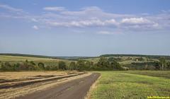 Дорога вдоль Красивой Мечи. А далее Ефремов и дорога домой. Почти 400, мы устали и довольны жизнью. Витаий поехал во Францию, а я на дачу в Крым.