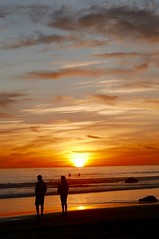 Thanksgiving Sunset at the beach. Malibu 2017 (Chreeman) Tags: sunset malibu pacificcoast westcoast silhouettes ocean pacificocean oceansunset amazingsunset fireinthesky leica leicadlux109 leicaphotography