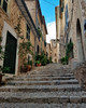 Fornalutx, Mallorca. (rdeimel.photo) Tags: fornalutx mallorca spain city cityscape cityview europe rdeimeltravel españa baleares travel vacation holiday explore stairs house mediterranean gebäude gasse architektur
