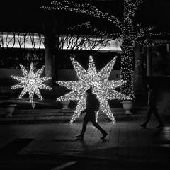 starry night (jim_ATL) Tags: holiday light night street pedestrian bw blackandwhite atlanta explored
