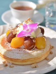 pancake with chestnuts & ice cream (snowshoe hare*) Tags: dsc0462 pancake chestnuts cafe カフェ パンケーキ icecream