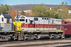 EL heritage (Bingley Hall) Tags: rail railway railroad locomotive engine transport train transportation trainspotting diesel usa pa pennsylvania scranton delawarelackawanna dl alco 2461 c425