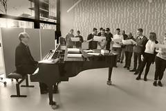 DSC_1386 copie1 (Izakigur) Tags: neuchatel switzerland izakigur piano