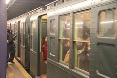 IMG_4454 (GojiMet86) Tags: mta ind nyc new york city subway train 1930 r1 100 2nd avenue
