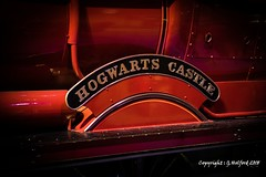 Hogwarts Castle (Holfo) Tags: harrypotter train hogwartscastle plate nameplate nikon d750 harrypotterworld harrypotterstudios loco locomotive