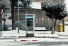 Cabina de teléfono - Santa María del Páramo (M.Pellitero) Tags: buzón santamªdelpáramo cabina nevada nieve reyes santamariadelparamo telefono urbano
