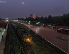 Twilight (mohammedali47) Tags: indianrailways konkanrailway hubbali goa trainspotting