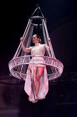 ECQ - Banc d'essai 2017 - Karen Goudreault - Chandelier (eburriel) Tags: cirque circo circus ecq ecole banc essai 2017 ovation art performance d500 nikon eburriel karen goudreault