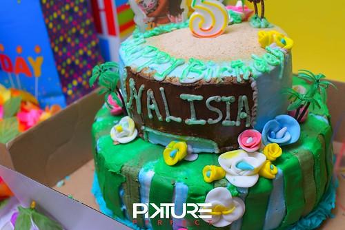 Nalisia-12