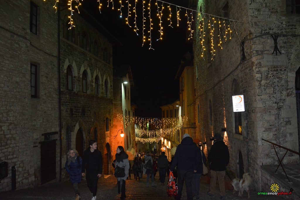 Albero Di Natale Yahoo.The World S Best Photos Of Gubbio And Merugia Flickr Hive Mind