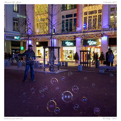 Clermont - Place de jaude (BerColly) Tags: france auvergne puydedome clermontfd place jaude illumination nuit night lights lumières smartphone samsung galaxys7 bercolly google flickr