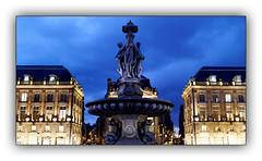 Fontaine des Trois Grâces (Jean-Louis DUMAS) Tags: femme women statues ciel sky fontaine eau beauty mythologie water sculpture statue