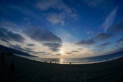 Last Day of 2017 (shinnygogo) Tags: 2017 dec31st december la losangeles newyearseve redondobeach southbay southbayla sunday sunset lifeisabeach california southerncalifornia beach waterfront ocean pacificocean twilight fisheye