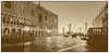 Venedig (Melanie Tomischat) Tags: venedig venice sepia schwarzweis noiretblanc italien italy architecture