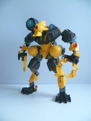 HADDOCK (Toxic Geek) Tags: bionicle moc lego ccbs advanced integration mech mecha haddock yellow claw shoulder canon double flail light gun