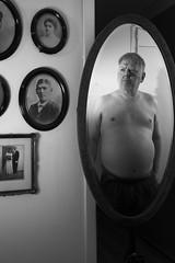 L1006551_v1 (Sigfrid Lundberg) Tags: portraiture lundbergsigfrid selfportrait selfie strobist carlzeiss biogont2 35 zm 35mmf 20zmbiogon fs171210 brytamonster fotosondag