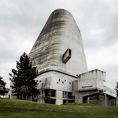 Église Saint Pierre. (Stefano Perego Photography) Tags: stepegphotography stefano perego building church eglise saint pierre concrete brutalism brutalist modernism architect le corbusier jose oubrerie firminy france architecture design chiesa cemento brutalismo brutalista modernismo architetto francia