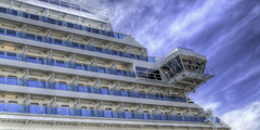 Cruise ship (Luc V. de Zeeuw) Tags: cruiseship palmademallorca balearicislands spain