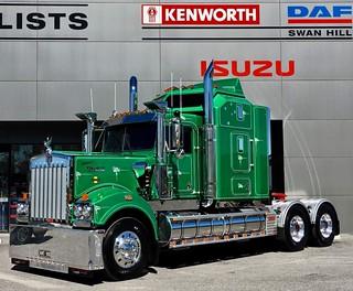 K&M Trucking