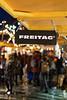 tgif (DeCo2912) Tags: freitag tgif zürich weihnachtsmarkt zurich xmas market christmas night lights