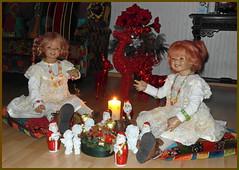 Frohe Weihnachten ... (Kindergartenkinder) Tags: kindergartenkinder annette himstedt dolls tivi sanrike weihnachten