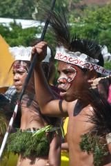 Festival faces (Sven Rudolf Jan) Tags: papuanewguinea alotau canoeandkundufestival singsing dancers