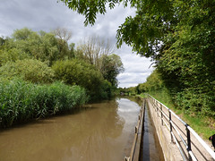 Overflow (Lexie's Mum) Tags: walk walking nature countryside warwickshire canal