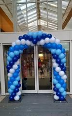 ballonnenboog wit licht blauw blauw donker blauw