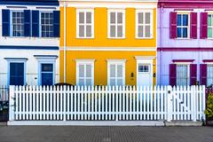 Basicos (Cruz-Monsalves) Tags: valparaiso casas colores houses chile colors arquitectura architecture