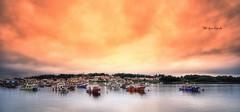 (060/18) Isla de Arosa (Pablo Arias) Tags: pabloarias photoshop photomatix capturenxd españa cielo nubes arquitectura bote barco puestadesol ocaso agua mar ríadearosa pontevedra galicia