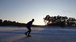 Sunset Ice Skating, Henschotermeer, Woudenberg, Netherlands - 0447