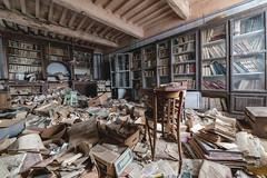 (Kollaps3n) Tags: urbex abandoned decay urbanexploration abbandono nikon italy