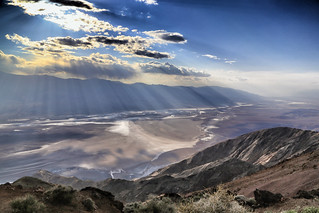 Rays of sunshine above Badwater Basin