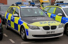 Chehsire Police BMW 530d Touring Roads Policing Unit ANPR Interceptor (PFB-999) Tags: cheshire police constabulary bmw 530d 5series touring estate roads policing unit rpu traffic car vehicle anpr interceptor lightbar grilles fendoffs leds dk11btz
