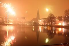 (Cheyenne~) Tags: bremerhaven neujahr kirche feuerwerk new year fireworks