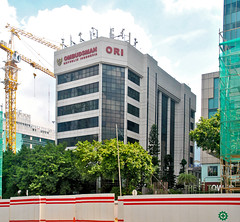 Gedung Uppindo (Everyone Sinks Starco (using album)) Tags: jakarta building gedung architecture arsitektur office kantor
