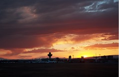 Zvartnots International Airport (Armenian_Spotter) Tags: զվարթնոց միջազգային օդանավակայան sunset airport zvartnots armenia yerevan sky flughafen aeroport armenian международный аэропорт звартноц aircraft airlines airplane parking departures arrival flight jet air aviation caucasia dusk skyline control tower