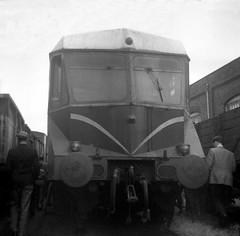 Sharpened photo of W23W at Worcester Works, 12th July 1964. (Dave Wragg) Tags: w23w gwr railcar worcesterworks railway