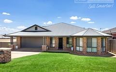 48 Deakin Avenue, Lloyd NSW