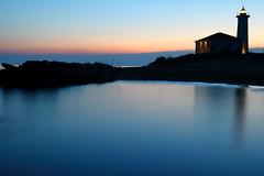 "Bibione VE - IT   ""Il faro"" (Fabrizio Lucchese 1') Tags: bibione faro leuchtturm lighthouse veneto italia italien sunset mare cielo tramonto canon760d fabriziolucchese italy sonnenuntergang spiegelung reflection riflessi"