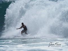 Surfing The Waves (jan-krux photography - thx for 3 Mio+ views) Tags: surfing wave welle wellenreiten victoriabay westerncape southafrica westkap suedafrika indischerozean indianocean olympus omd em1mkii action sport water wasser meer travel reisen adventure abenteuer male mann sportler