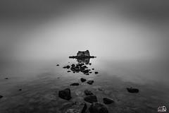 Torre San Juan bajo la niebla (JesusLobato) Tags: blancoynegro blanco negro nikond3100 filtros lucroit nd10 degradado delta deltadelebro ebro tokina torresantjoan torre beach playa