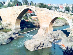 Pira Delal (Dalal Bridge) (Kalboz) Tags: abbasidbridge piradelal dalalbridge zakho iraq river