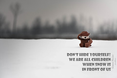 The truth|Olengo|Italy (Giovanni Riccioni) Tags: 2018 5d canon canonef75300mmf456iiiusm canoneos5d eos fullframe giovanniriccioniphotography italia italy novara olengo piedmont piemonte monkey neve scimmia snow bambini children note notes hide nascondersi hideyourself stock