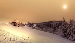 Lichtblick (Toledo 22) Tags: sonnenuntergang sonnenschein wolken clouds blackforest schwarzwald freiburg nebel dunst sonne berg snow schnee kandel