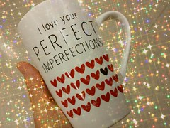 Perfect imperfections ! (France-♥) Tags: cup tasse texture coeur heart main hand amour mots message quote citation text writing