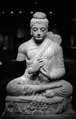 National Museum (varjagg) Tags: tokyo japan november 2016 leica m4 summicron 35mm f2 v4 preasph kodak trix 400 400tx xtol 11 khmer ancient statue damaged hand beautiful